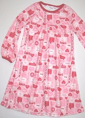 Gymboree Valentines Day 2T Pink Night Gown Pajama PJs New gymmies Girls  Hearts 2a8a87a6f